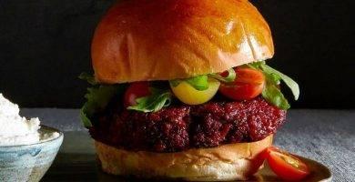 hamburguesa vegetal de remolacha