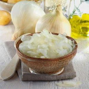 Adereza la receta con ajos de buena calidad.