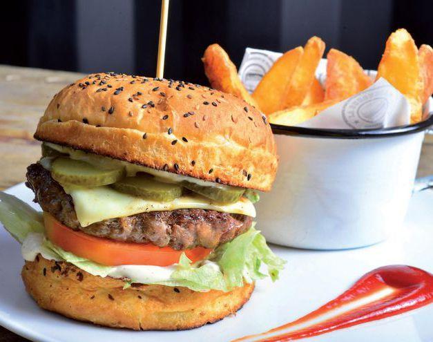 Hamburguesa gourmet de búfalo.